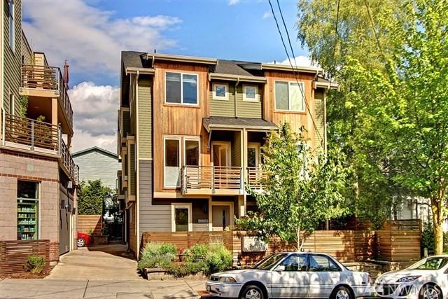 4220 Fremont Ave N B, Seattle, WA 98103 (#1301977) :: Real Estate Solutions Group