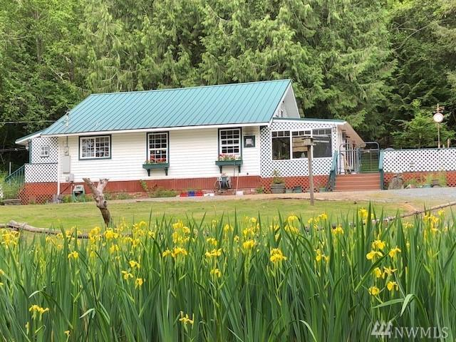 17809 Elkhorn Blvd E, Orting, WA 98360 (#1303337) :: Homes on the Sound