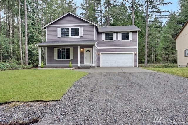22203 Bluewater Dr SE, Yelm, WA 98597 (#1304725) :: Real Estate Solutions Group