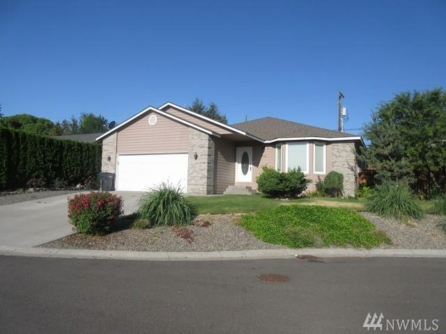 918 Crestview Ct, Selah, WA 98942 (#1307064) :: Real Estate Solutions Group
