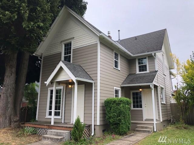 208 N King St, Centralia, WA 98531 (#1308084) :: Real Estate Solutions Group