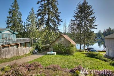 1410 SE Crescent Dr, Shelton, WA 98584 (#1310105) :: Chris Cross Real Estate Group