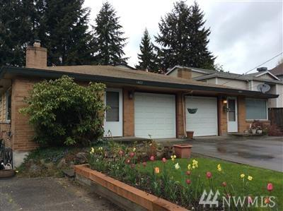 14023 Greenwood Ave N, Seattle, WA 98133 (#1310175) :: Real Estate Solutions Group