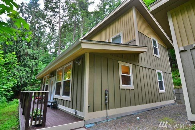 17818 Overlake Ct SE, Yelm, WA 98597 (#1312315) :: Real Estate Solutions Group