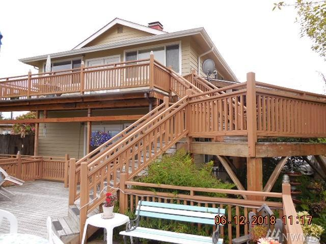 16651 Hwy 112, Clallam Bay, WA 98326 (#1313486) :: Kimberly Gartland Group