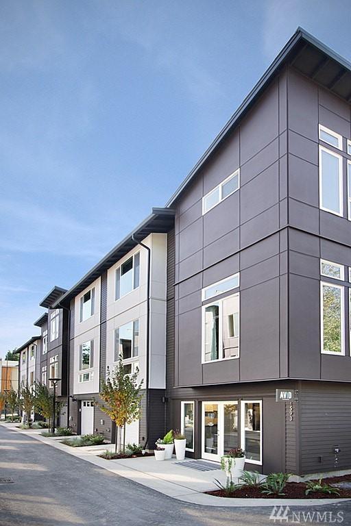 1536 139th Lane NE, Bellevue, WA 98005 (#1313508) :: Real Estate Solutions Group