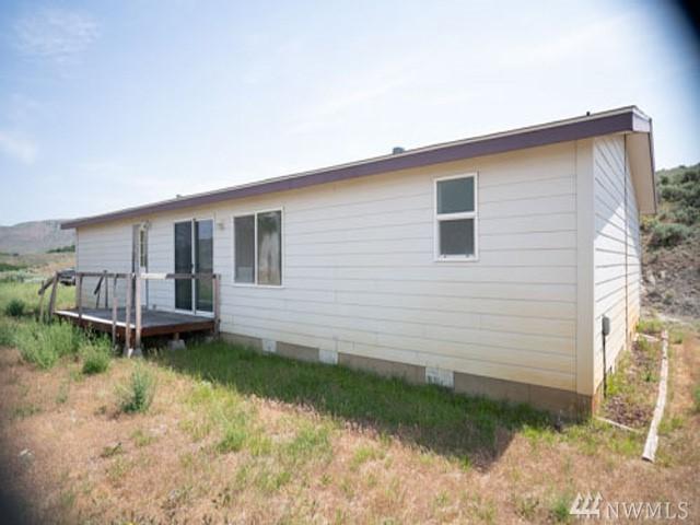 44 Stanton Loop Rd, Tonasket, WA 98855 (#1316738) :: NW Home Experts