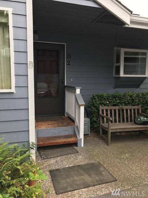 31080 Sr 20 D-2, Oak Harbor, WA 98277 (#1319728) :: Keller Williams Realty Greater Seattle