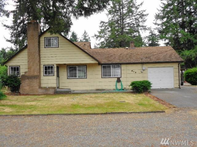 612 141st St S, Tacoma, WA 98444 (#1324681) :: NW Home Experts