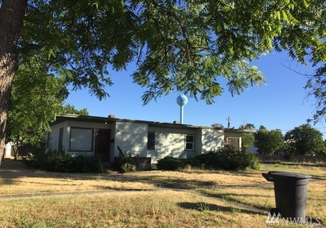 1025 1027 W Chestnut St, Walla Walla, WA 99362 (#1325514) :: Canterwood Real Estate Team