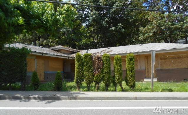 10009 Des Moines Memorial Dr S, Seattle, WA 98168 (#1332672) :: NW Home Experts