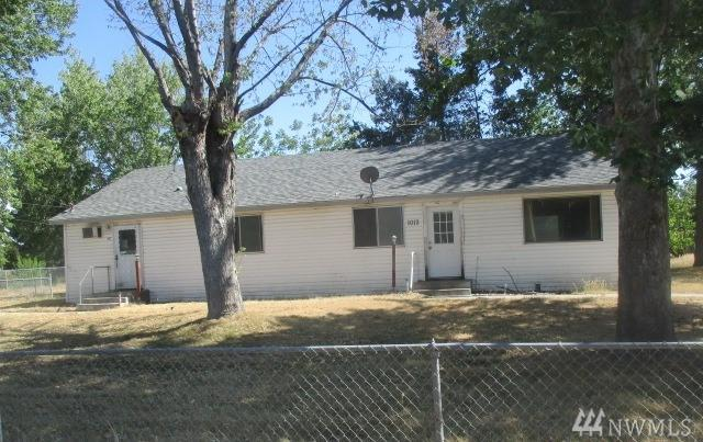 1012-A E 19TH AVE, Kennewick, WA 99337 (#1333340) :: Homes on the Sound