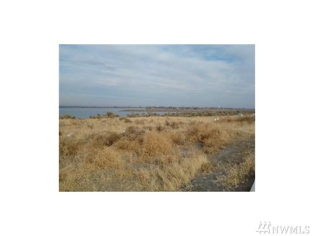 7139 Dune Lake Rd SE, Moses Lake, WA 98837 (#1335304) :: Real Estate Solutions Group