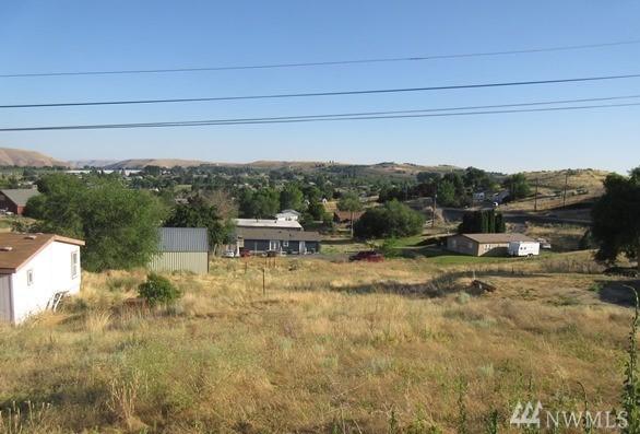0-NKA Tibbling Rd, Selah, WA 98942 (#1336701) :: Homes on the Sound