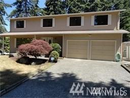 29304 13 Ave S, Federal Way, WA 98003 (#1338605) :: Homes on the Sound