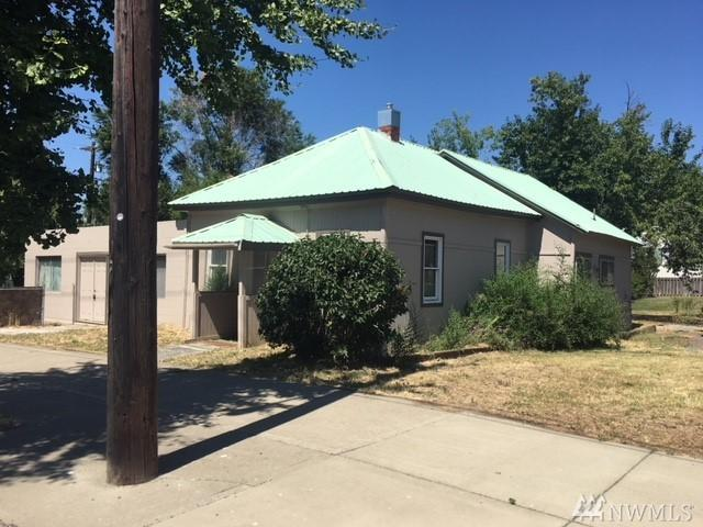 501 W 5th Ave, Ellensburg, WA 98926 (#1340402) :: The Craig McKenzie Team