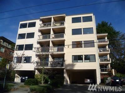 654 W Olympic Place #403, Seattle, WA 98119 (#1345040) :: The DiBello Real Estate Group