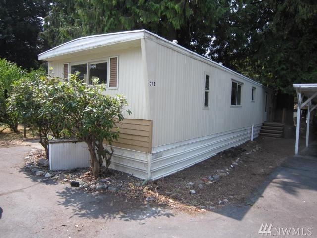 900 29th St SE C12, Auburn, WA 98002 (#1345599) :: Homes on the Sound
