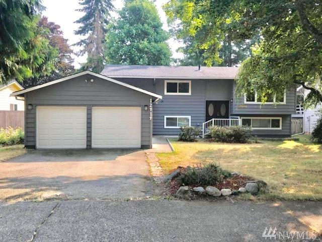 12919 SE 188th St, Renton, WA 98058 (#1346350) :: Beach & Blvd Real Estate Group