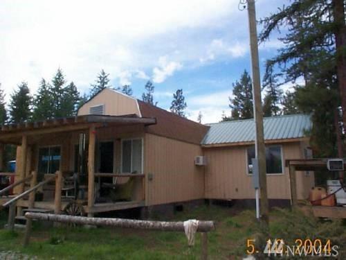 100 Spur Rd, Tonasket, WA 98855 (#1348047) :: Homes on the Sound