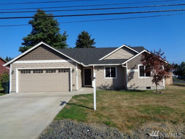 2504 32nd Ave, Longview, WA 98632 (#1348056) :: Homes on the Sound