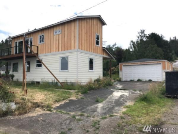 3881 Beach Dr E, Port Orchard, WA 98366 (#1348064) :: Canterwood Real Estate Team