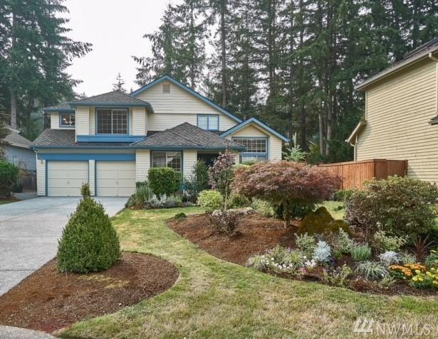 3642 248th Ave SE, Sammamish, WA 98029 (#1348240) :: The Vija Group - Keller Williams Realty