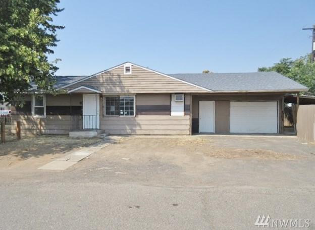 9 W California St, Union Gap, WA 98903 (#1349904) :: Homes on the Sound