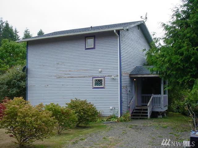 34 Bay Lane, South Bend, WA 98586 (#1352775) :: McAuley Real Estate
