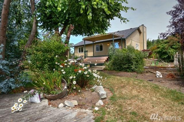 38203 Buck Rd Ne, Hansville, WA 98340 (#1353958) :: Homes on the Sound