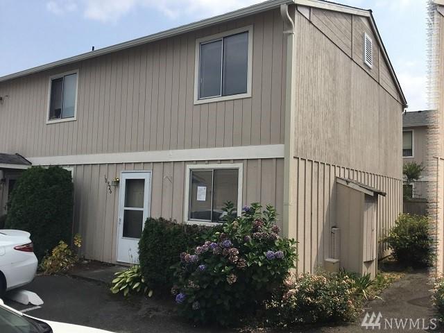 10326 15th Av Ct E, Tacoma, WA 98445 (#1354895) :: KW North Seattle