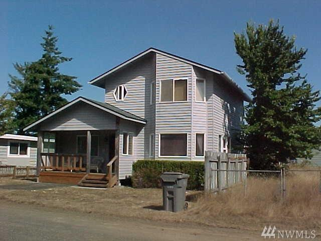 728 Adams St, Westport, WA 98595 (#1356435) :: Icon Real Estate Group
