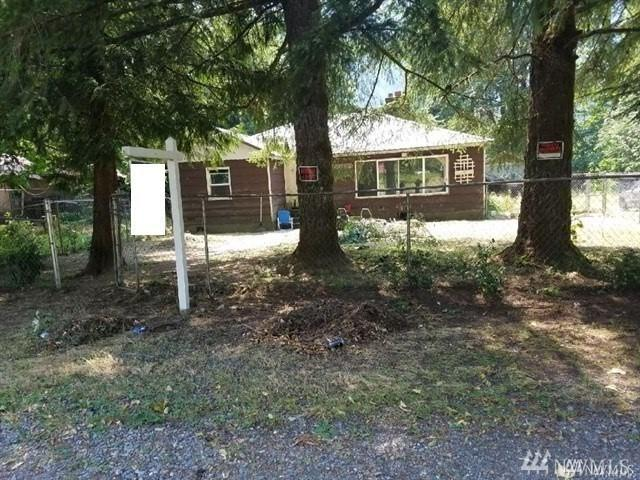 63435 NE Steven Pass Hwy, Baring, WA 98224 (#1356452) :: Homes on the Sound