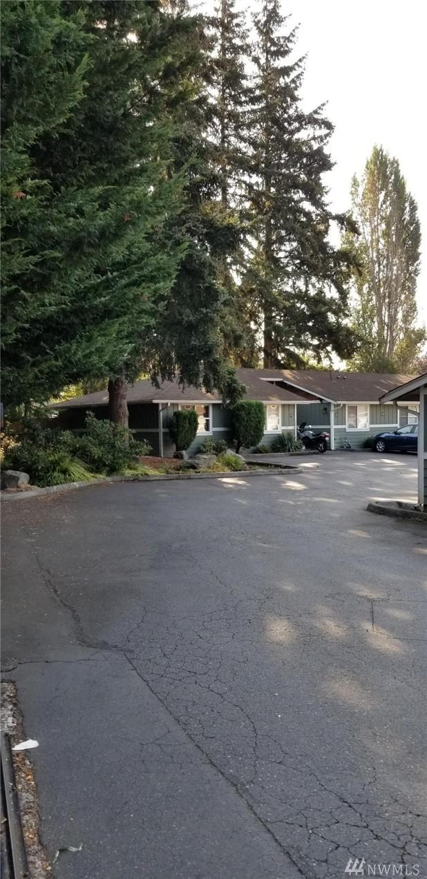 1728 E Pioneer #19, Puyallup, WA 98372 (#1356747) :: Homes on the Sound