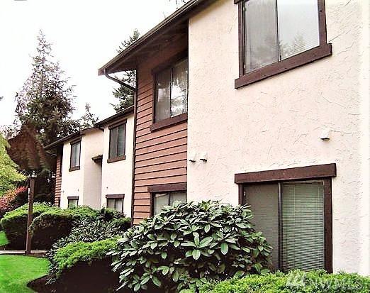 12721 NE 129th Ct F103, Kirkland, WA 98034 (#1357480) :: Keller Williams - Shook Home Group
