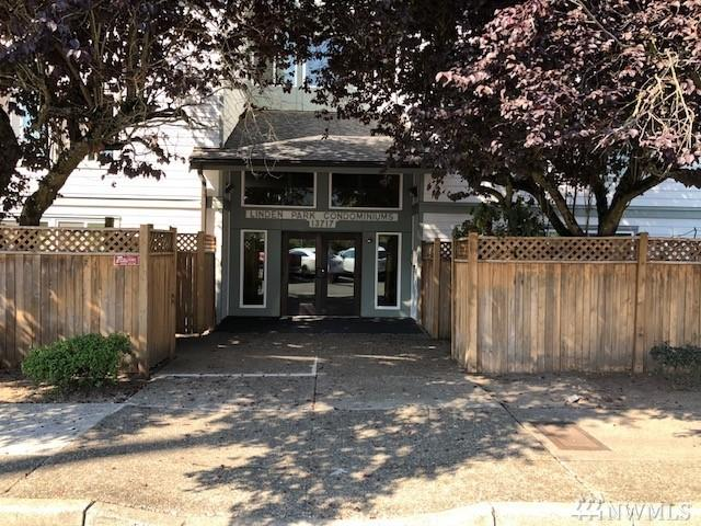 13717 Linden Ave N #106, Seattle, WA 98133 (#1357482) :: Homes on the Sound
