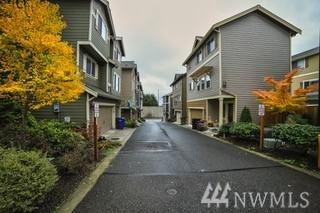 13212 33rd Place SW, Lynnwood, WA 98087 (#1361234) :: Real Estate Solutions Group