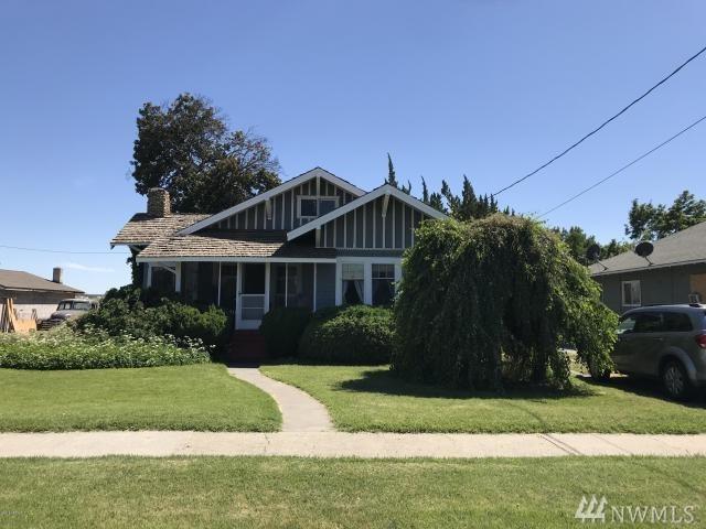 621 Harrison Ave, Sunnyside, WA 98944 (#1362443) :: Homes on the Sound