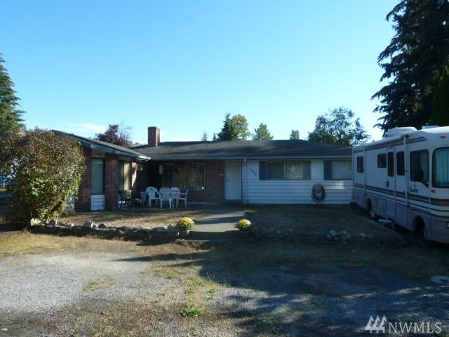 1328 218th St SW, Lynnwood, WA 98036 (#1362660) :: Homes on the Sound