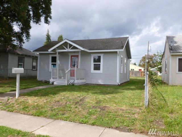 147 16th Ave, Longview, WA 98632 (#1363354) :: Homes on the Sound