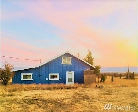 13011 Wilson Creek Rd, Ellensburg, WA 98926 (#1364193) :: Real Estate Solutions Group