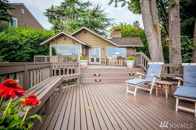 1502 35th Ave S, Seattle, WA 98144 (#1365447) :: Kwasi Bowie and Associates