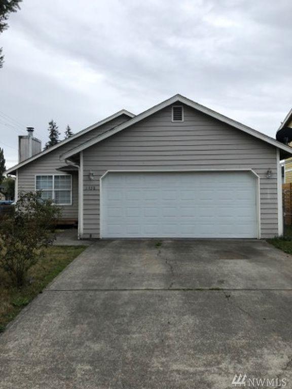 1430 E 59TH, Tacoma, WA 98404 (#1365517) :: Priority One Realty Inc.