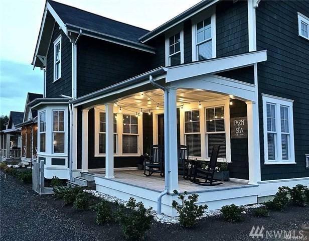 116 Horseshoe Lane, Pacific Beach, WA 98571 (#1370389) :: Better Homes and Gardens Real Estate McKenzie Group