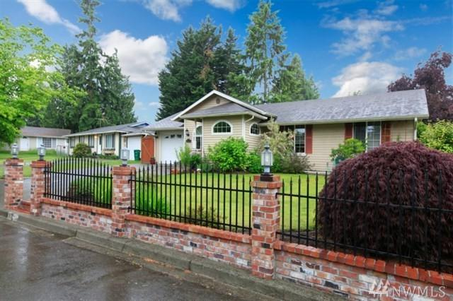 33233 36th Ave SW, Tacoma, WA 98023 (#1374050) :: Ben Kinney Real Estate Team