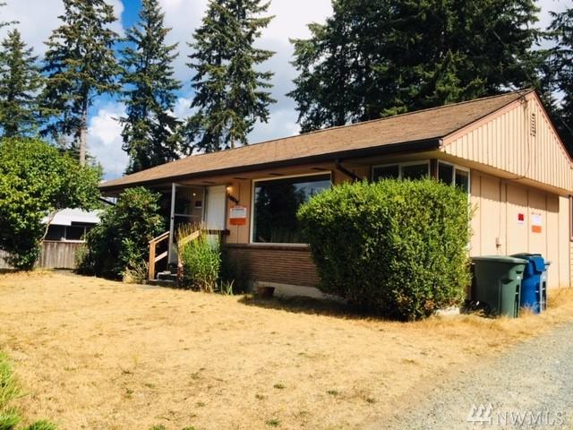 18815 64th Ave W, Lynnwood, WA 98036 (#1374876) :: Real Estate Solutions Group
