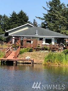 113 Canal Dr NE, Ocean Shores, WA 98569 (#1375034) :: Real Estate Solutions Group