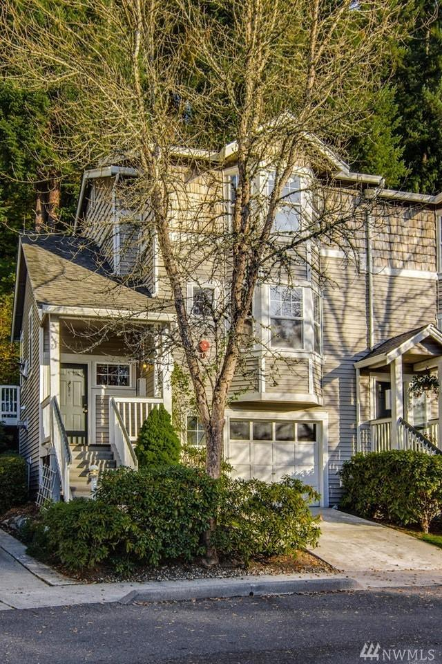 9725 178th Place NE #1, Redmond, WA 98052 (#1376259) :: Real Estate Solutions Group