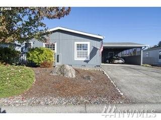 16500 SE 1st St #14, Vancouver, WA 98684 (#1378821) :: Ben Kinney Real Estate Team