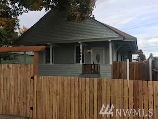 1303 E Cherry Ave, Yakima, WA 98902 (#1381458) :: Kimberly Gartland Group